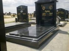 nadgrobni-spomenici-orlovaca-07-1024x1024